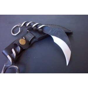 High Carbon Steel Blade Metal Handle Black Finish Karambit Claw Knife with Leather Sheath0942